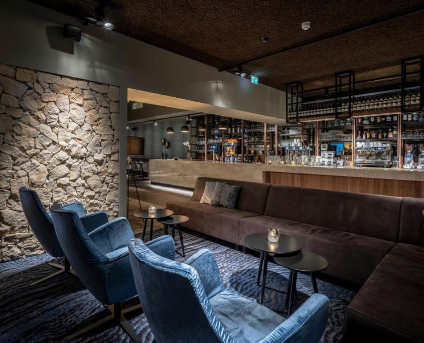 Spa One bar